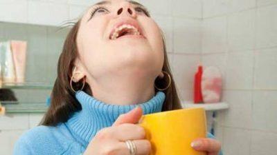 Проверенные средства для полоскания горла при фарингите