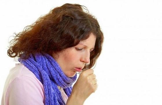 Чувство инородного тела  в горле один из симптомов катарального фарингита