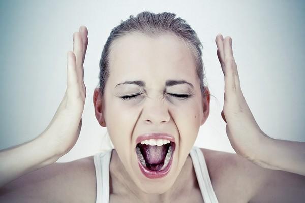 Потеря голоса при ларингите - как лечить