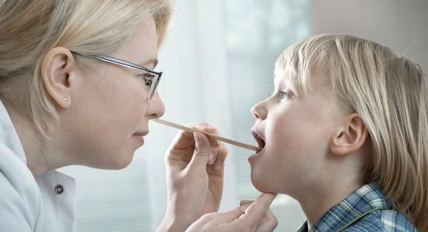 Рефлюксный ларингит у детей