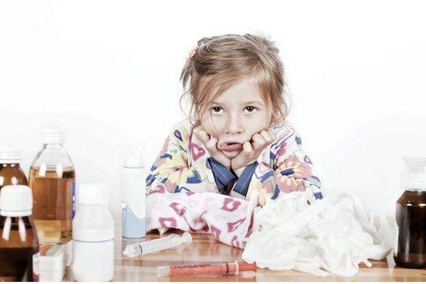 Чем помочь ребенку при ларингите