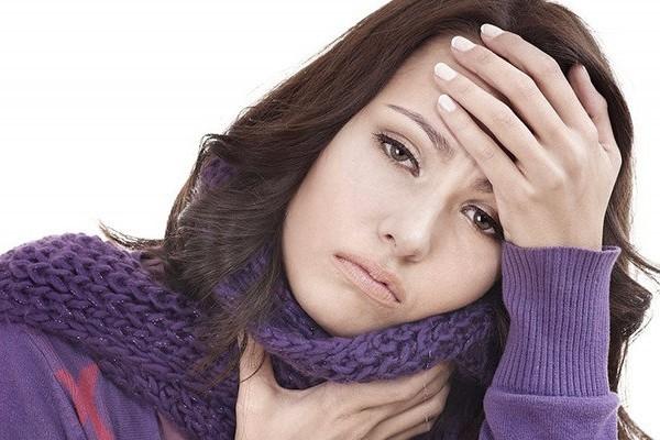 Боль в горле - симптом бактериального тонзиллита