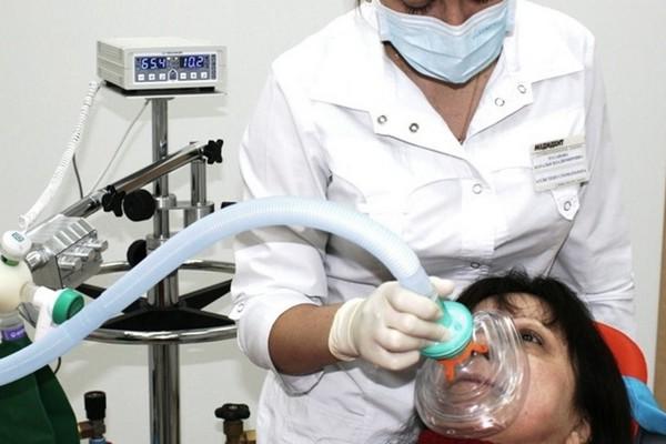 Для лечения тонзиллита делают ингаляции