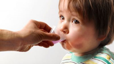 Назначение антибиотиков при отите у детей