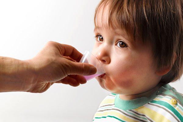 antibiotiki-pri-otite-u-detey-1.jpg